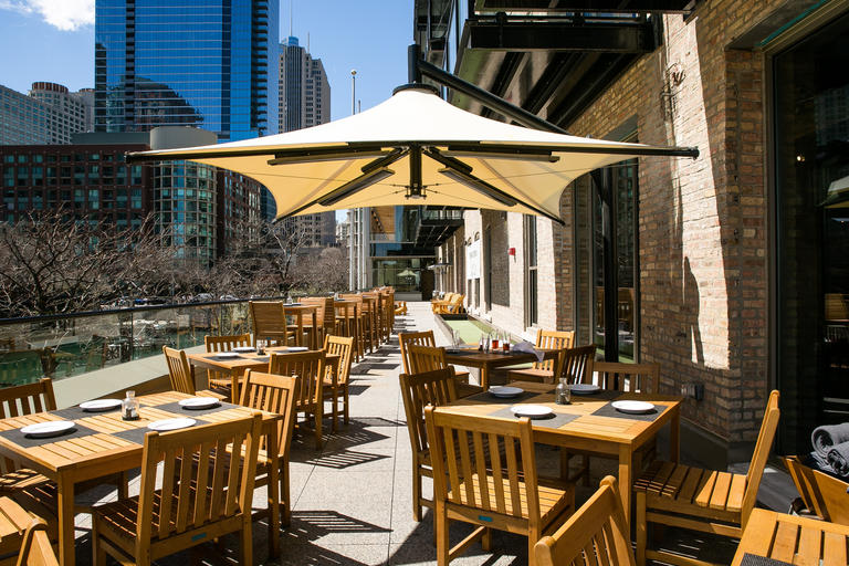 The Outdoor Patio At Pinstripes 435 E Illinois St