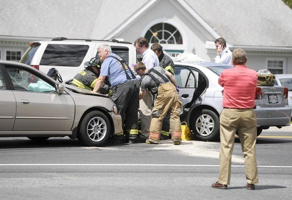 Fallston: A woman was trapped in a vehicle Tuesday  - LA Times