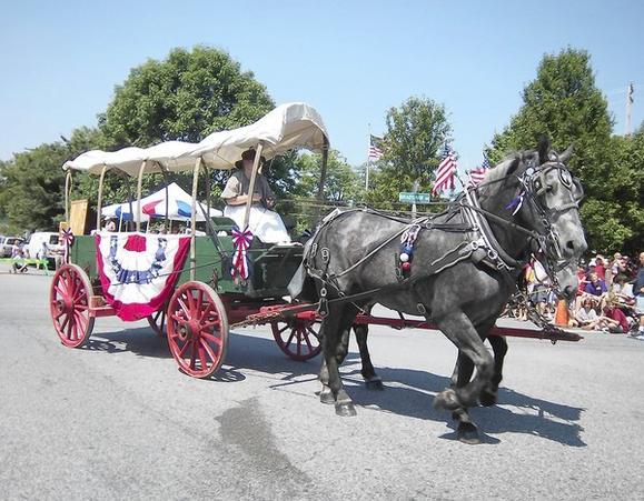 Kingsville Kingsville Celebrates July 4 With Flying