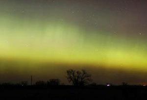 time lapse of aurora borealis over minnesota chicago tribune