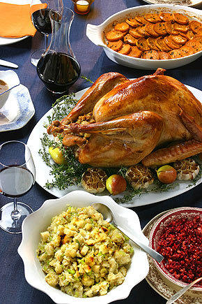 essay a rookie thanksgiving day cook takes over the kitchen latimes traditions can play a big part in a family s thanksgiving dinner