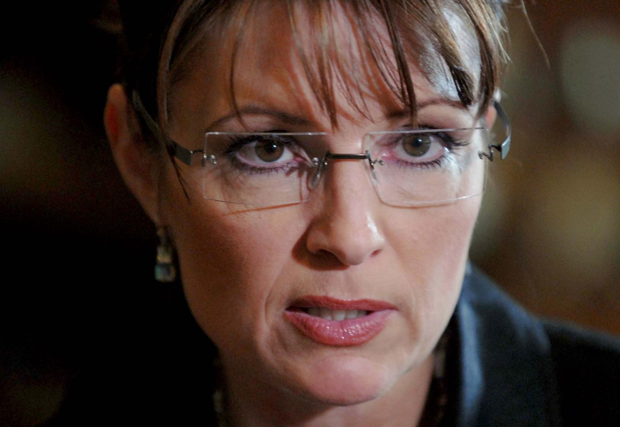 Fox dumps Sarah Palin after three-year misadventure in ...