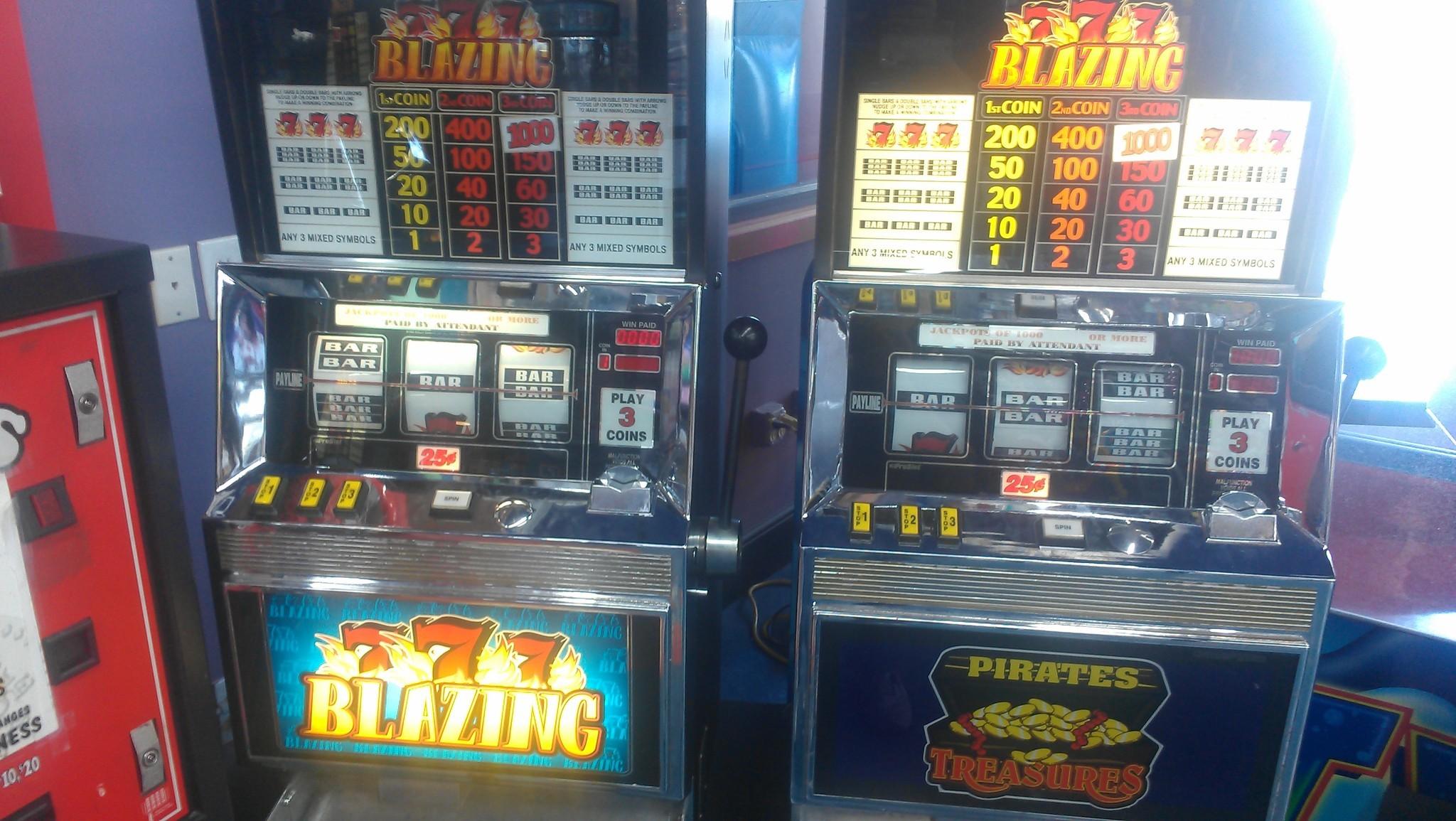 Internet cafe, senior arcades: 4 gambling experiences - Sun