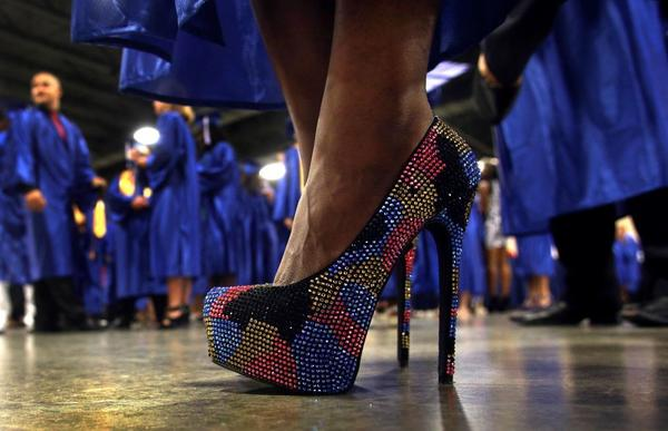 Broward College Grads Stand Out In Flashy Shoes At Commencement Tribunedigital Sunsentinel
