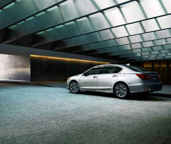 2014 Acura RLX Fails To Impress When Compared With Its
