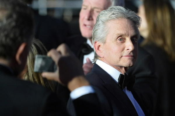 michael douglas said he got throat cancer from oral sex tribunedigital baltimoresun. Black Bedroom Furniture Sets. Home Design Ideas