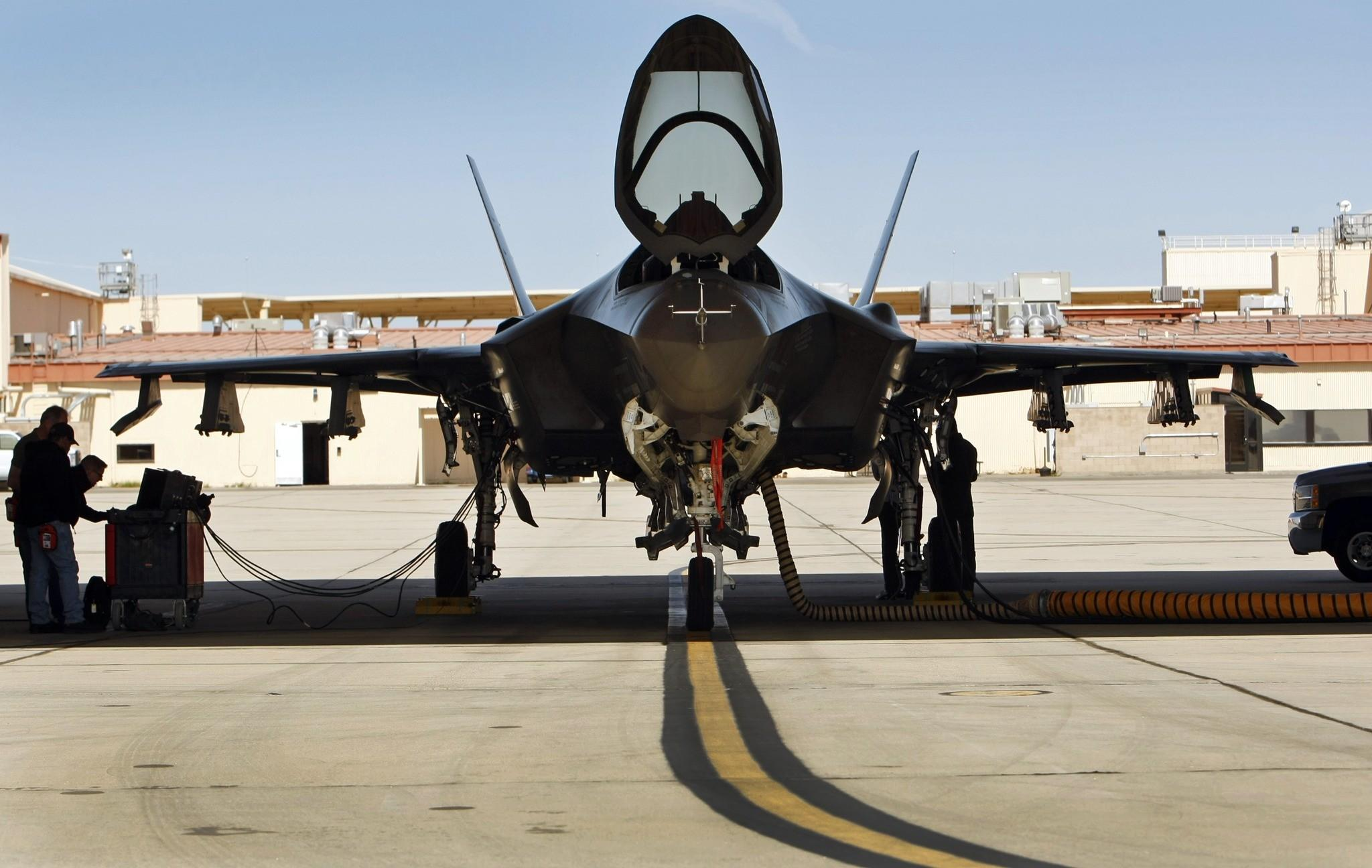 F-35 fighter jet struggles to take off - Los Angeles Times