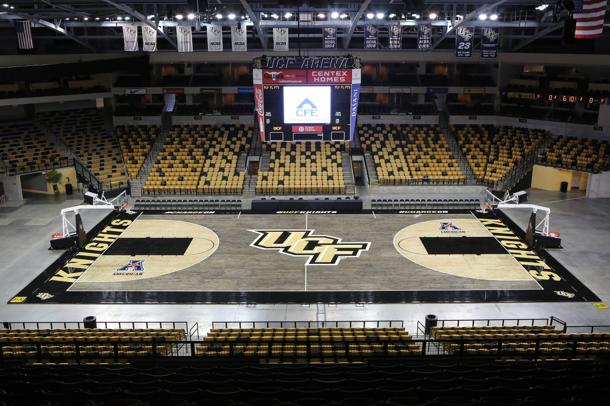 Pictures: UCF's new black basketball court - Orlando Sentinel
