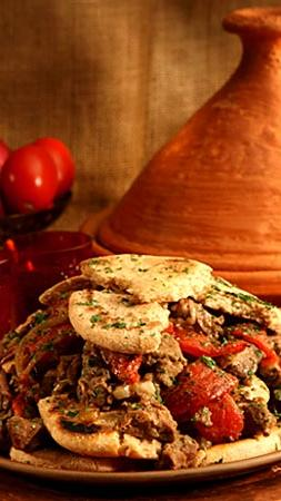 Moroccan lamb tagine (Anne Cusack / Los Angeles Times)