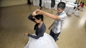 https://www.latimes.com/news/local/la-me-quinceanera-dance-20130808-dto,0,315090.htmlstory