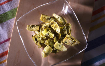 Braised Artichokes With Garlic and Mint