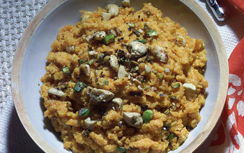 Carrot Pudding (Gajar ka Halwa)