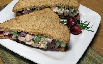 Turkey salad sandwich with tarragon and red grapes