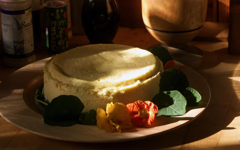 Goat-cheese cheesecake