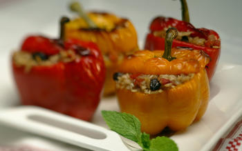Stuffed Sweet Peppers With Rice and Currants