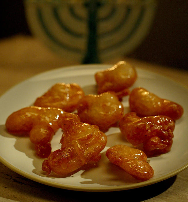 Fritters in syrup (zalabia)