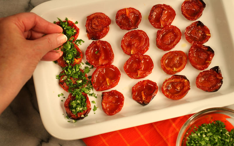 Roasted tomatoes persillade