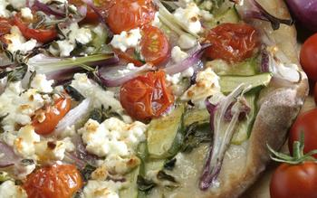 Market vegetable pizza