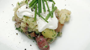 Fingerling potatoes with creme fraiche and chives