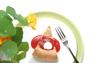 Spring(form) almond cake with berry sauce