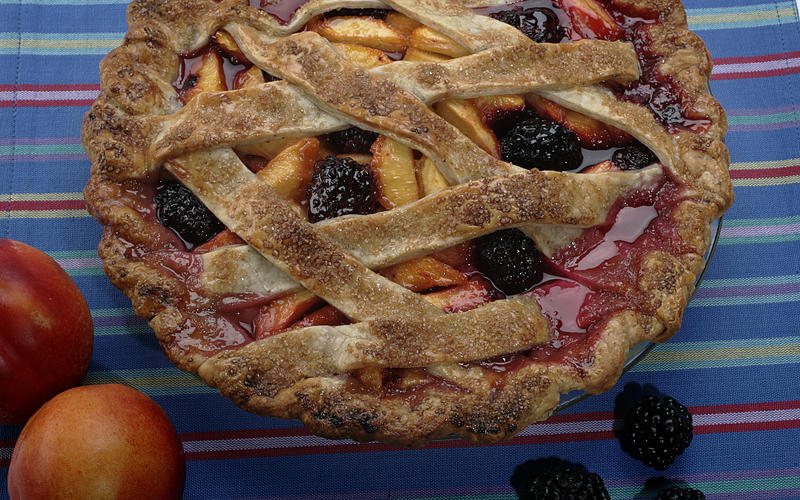 Nectarine-berry pie with black pepper crust