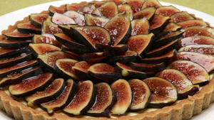 Fig tart with mascarpone cream
