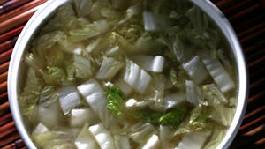 Peking duck broth with nappa cabbage