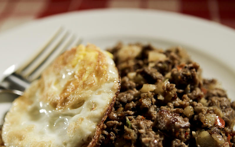 Diner-style roast beef hash