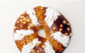 Rosca de reyes (Kings cake)