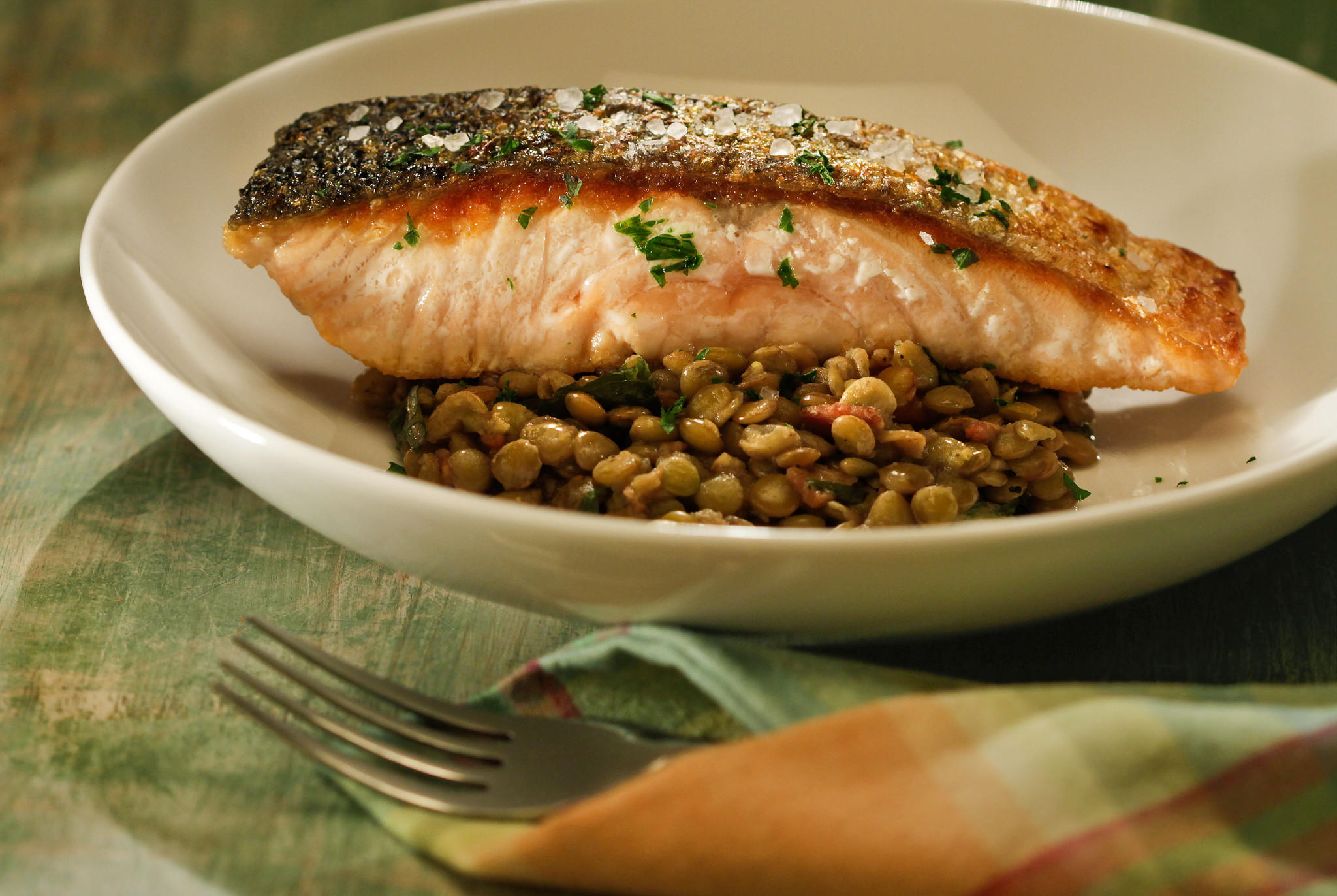 Recipe Crisp Skinned Salmon With Lentils Bacon And