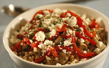 Farro salad with mushrooms, dill and feta