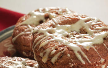 The Cravory's cinnamon roll cookies
