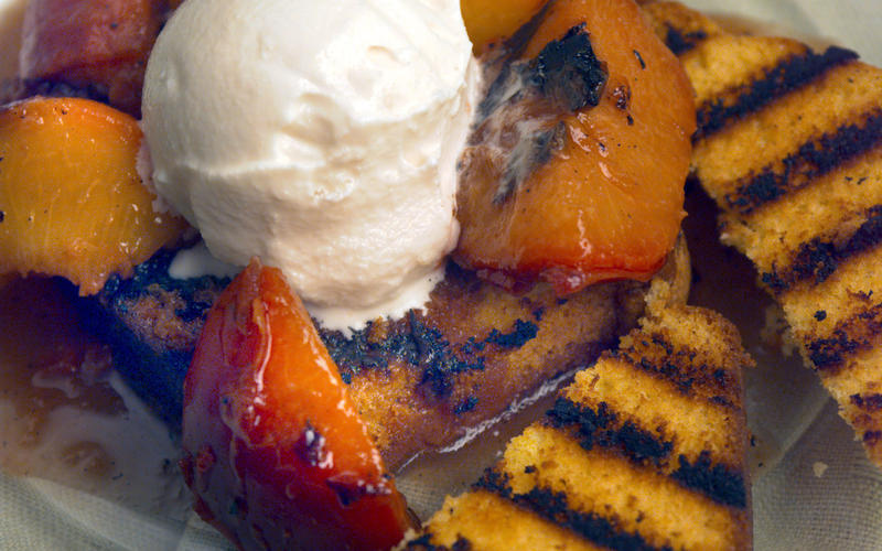 Grilled fruit with toasted poundcake