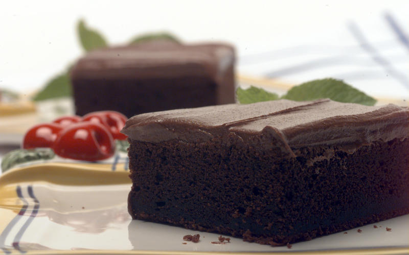 One-in-a-hundred fudge cake
