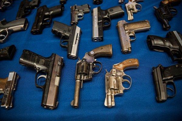 save  gun law bars north carolina cops 600 x 400 · jpeg