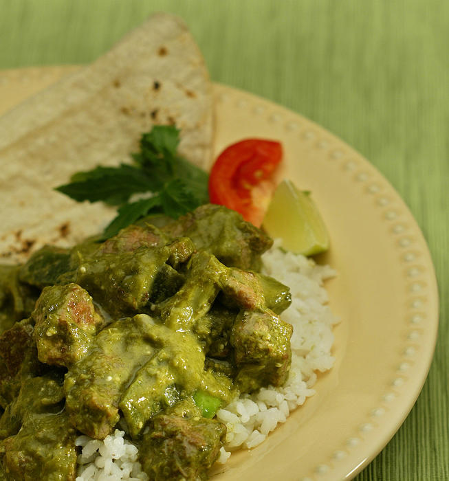 Chile verde with pork and nopales