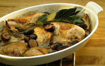 Fragrant chicken with figs