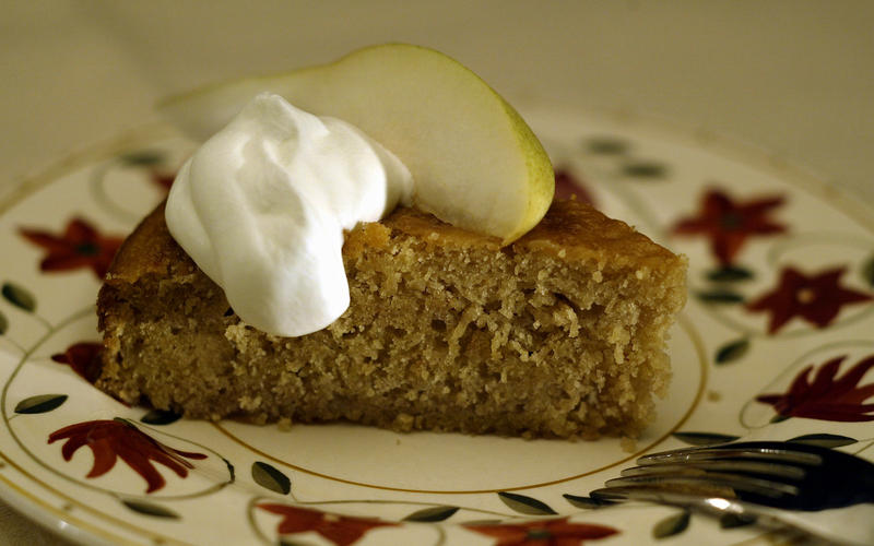 Frog Hollow's pear-ginger cake