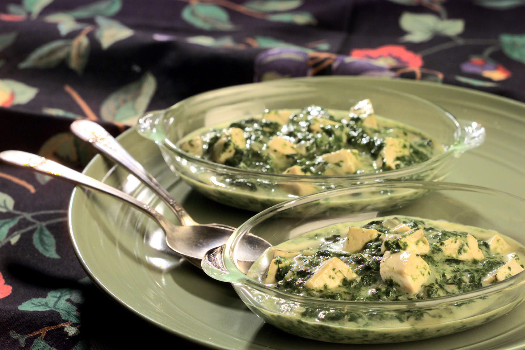 Ginger Creamed Spinach With Tofu