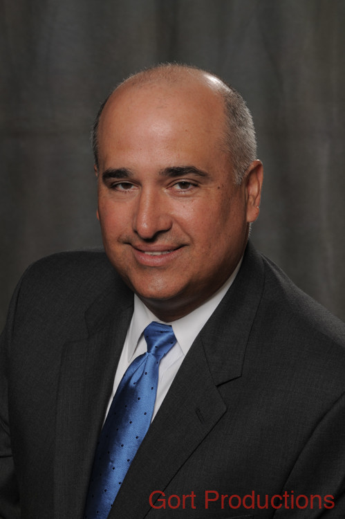 Bernie Fernandez Jr , M D , CEO, Baptist Health Medical