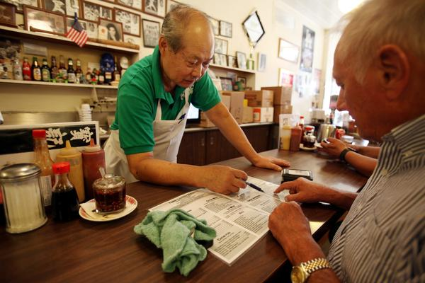 Paul S Kitchen Hangs On As City Market Chinatown Fades Away