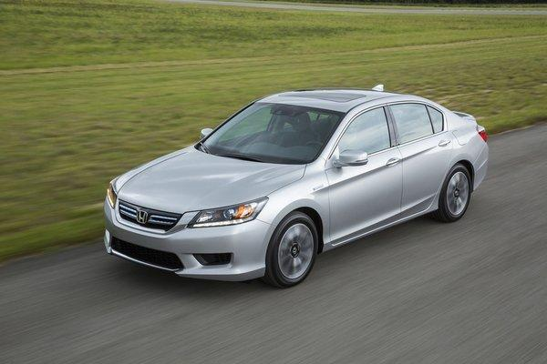 honda acura latest brands to include apple 39 s siri eyes free system latimes. Black Bedroom Furniture Sets. Home Design Ideas