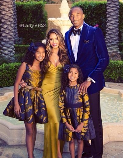 Kobe Bryant and family give holiday greeting in purple and ...