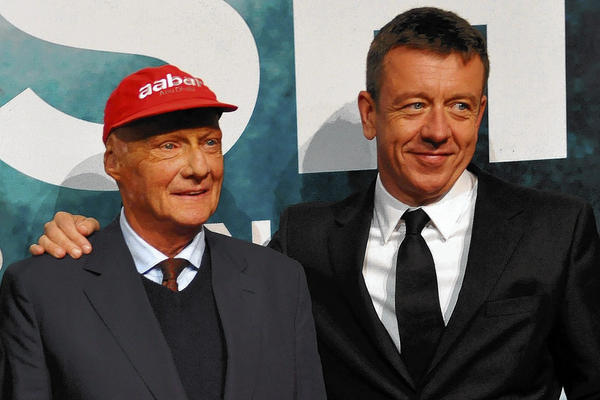 Peter Morgan stands with Niki Lauda.