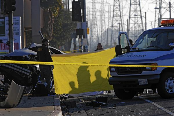 Car Crash Los Angeles: Four Die After Car Crashes In Compton While Fleeing