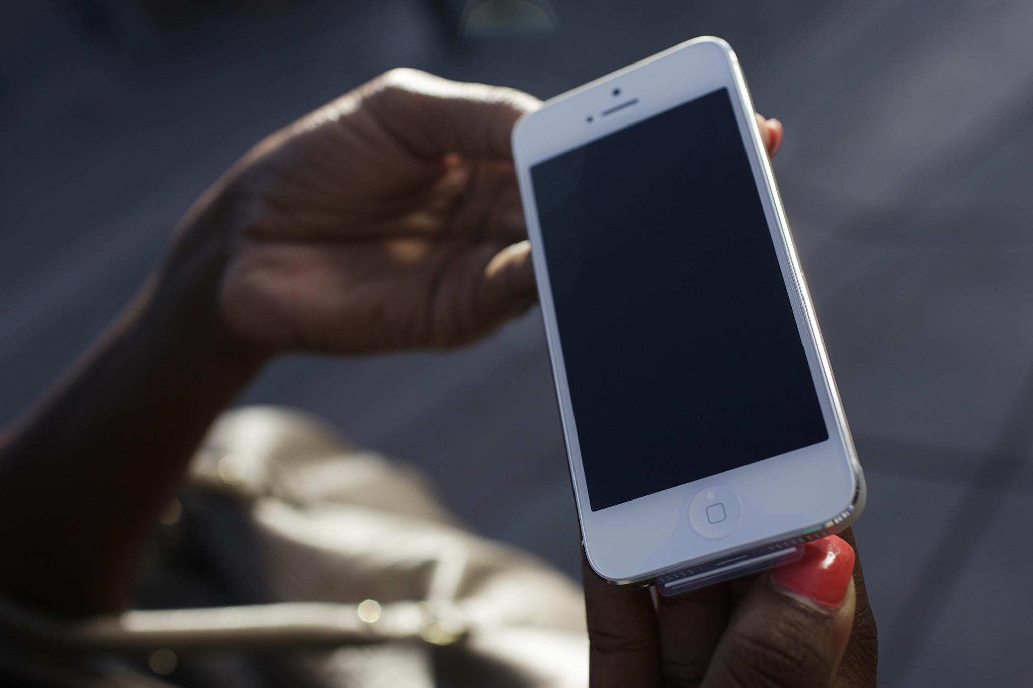 How mobile phones increased the digital divide