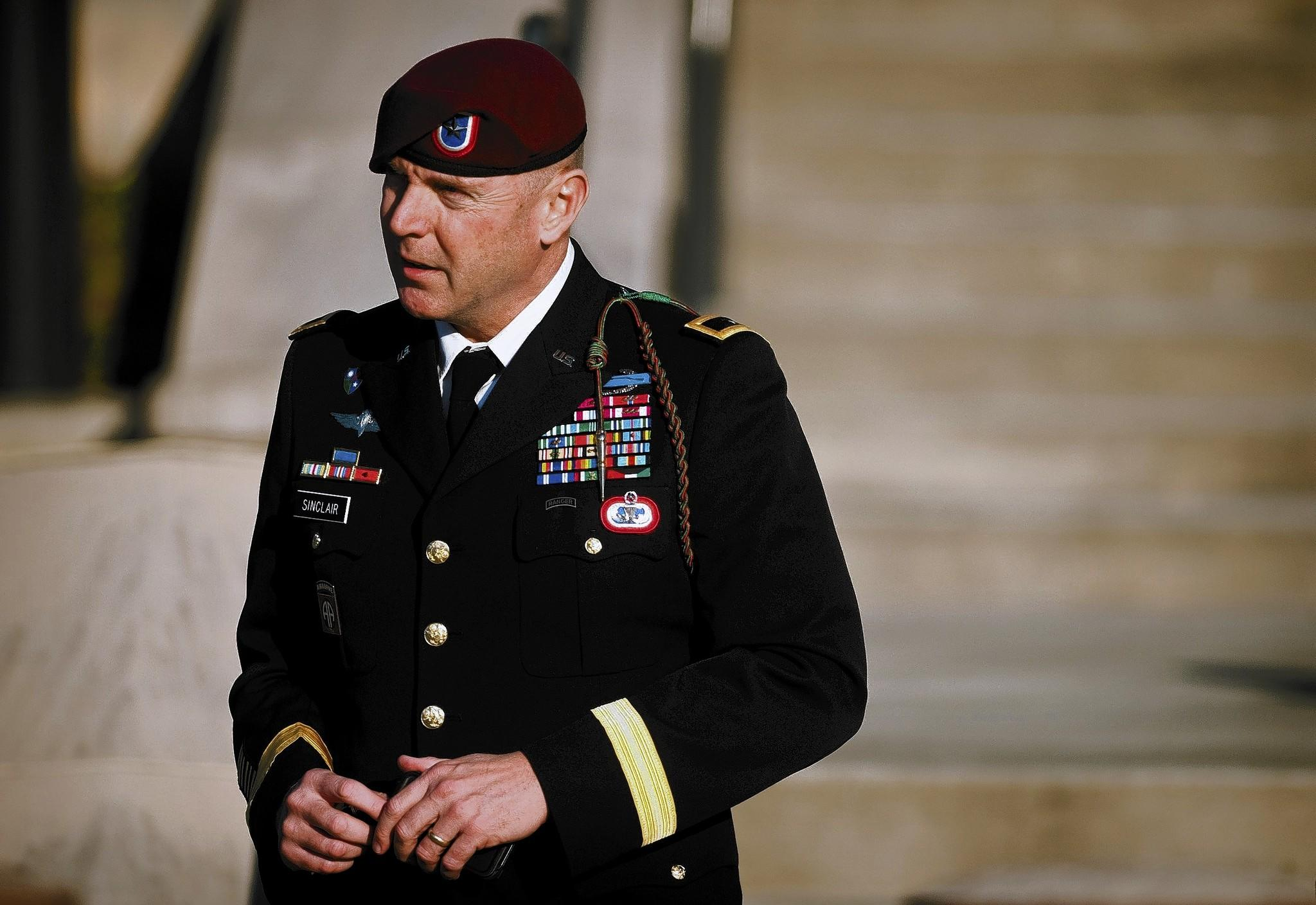 Army Brig Gen Jeffrey A Sinclair Has Been Accused Of Ually Aulting