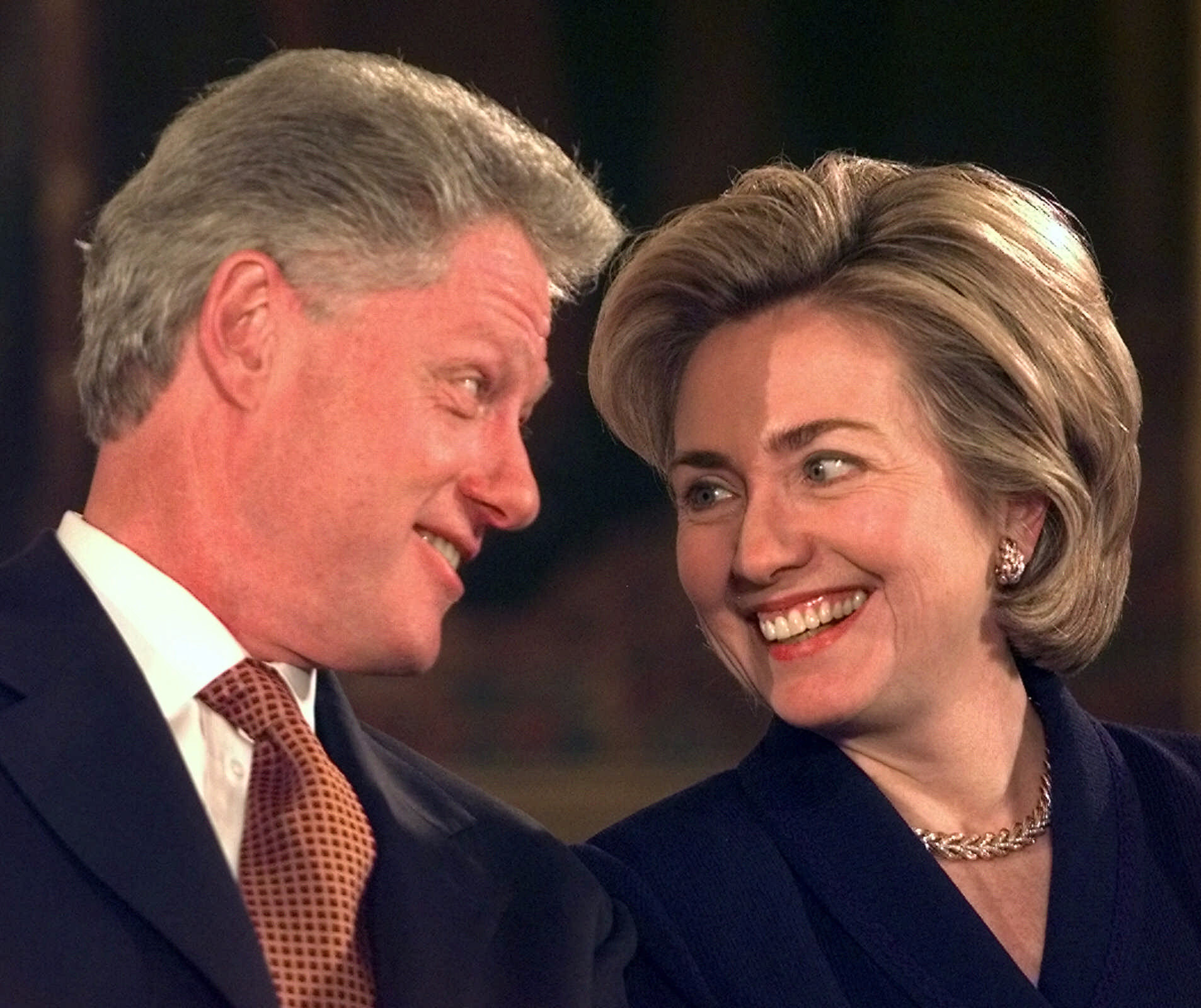'Ruthless' Hillary Clinton returns as the '90s make a ...