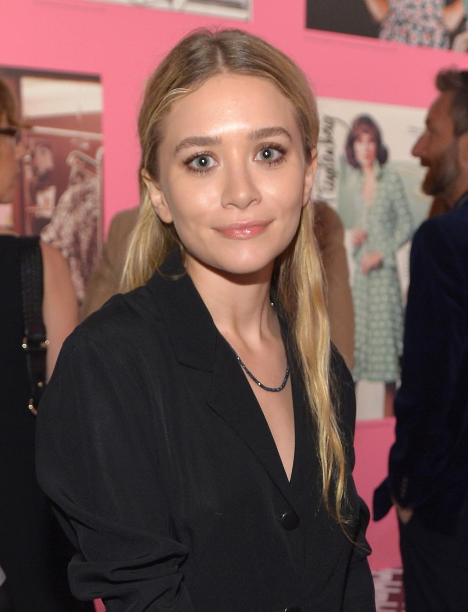Report Full House Alum Mary Kate Olsen Engaged Latimes