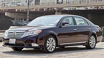 Restyled Toyota Avalon retains old-school appeal - Chicago ...